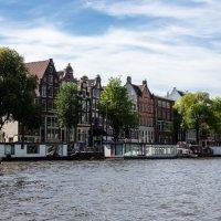 На берегу канала, Амстердам :: Witalij Loewin
