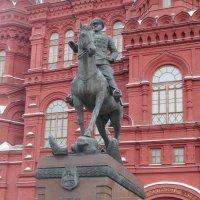 Памятник Жукову :: Вера Щукина