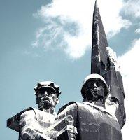 Монумент «Твоим освободителям, Донбасс» («Освободителям Донбасса») :: Игорь Касьяненко