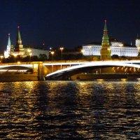 Городской  ночной пейзаж. :: Alexey YakovLev