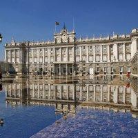 """Мадрид. В королевском дворце. Из серии """"Зазеркалье"""" :: Андрей Левин"""