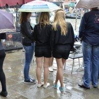 Ножки под зонтиком :: Николай Танаев