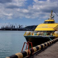 Морской катамаран :: Алексей Golovchenko