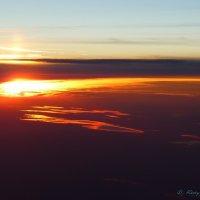 Когда летишь на закат.. :: Alexey YakovLev