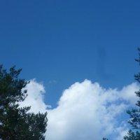 Облако играет в прятки :: Калмакова Марина