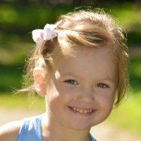 Детские улыбки :: Yelena LUCHitskaya