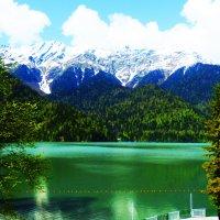 Озеро РИЦА :: Таня