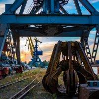 Портовый индастриал :: Artem Zelenyuk