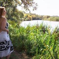 У реки... :: Райская птица Бородина