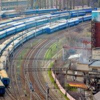 Поезда, поезда, поезда... :: Марина Семенкова