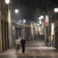 Ночь в Барселоне. :: Larisa Gavlovskaya