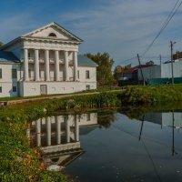 В историческом центре Ильинского :: Валерий Симонов