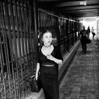 а я всё жду тебя в лифте между четвертым и третьим... :: Маргарита Лапина