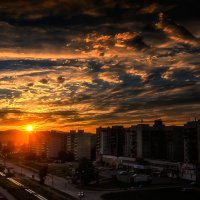 Солнышко, улица, дома. :: Виктор Иванович