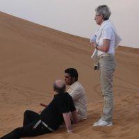 Менталитет не  препятствие для общения в  пустыне :: Виталий  Селиванов