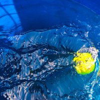Мяч под водой :: Света Кондрашова