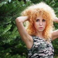 Незнакомка :: Валерий Гришин