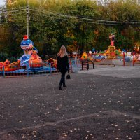 гуляет осенью :: Света Кондрашова