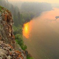 задыхаемся от дыма лесных пожаров... :: Александр