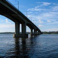 Мост через Волгу в Костроме. :: Владимир Безбородов