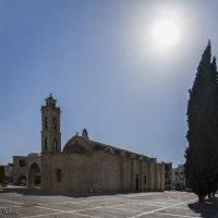 Кипр. Паралимни. Старая церковь Святого Георгия. ЖАРА :: Андрей Левин