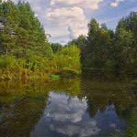 Сентябрь на реке :: Анатолий Максимов