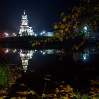 Осень и храм :: Алексей Белик