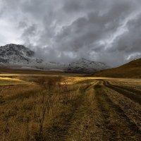 На горы взор, пусть неутомимым будет 17 :: Сергей Жуков
