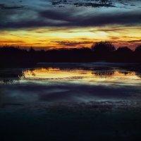 Вечером на озере :: Вячеслав Ложкин