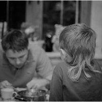 Завтрак с отцом . :: Игорь Абламейко
