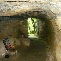 Вход в подземный монастырь :: Надежда
