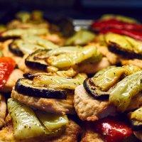 Перец, мясо, баклажаны :: Михаил Бабаков