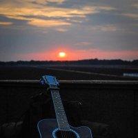 Sunset&guitar :: Alexandr Mozharenko