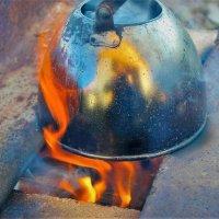 Закипает чайник :: Сергей Чиняев