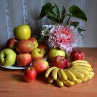 Самым любимым фруктом древних греков и римлян было яблоко. :: Anna Gornostayeva