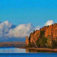 Осень на Каме. :: petyxov петухов