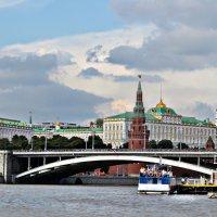по  Москве реке.. :: Клара