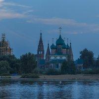 Вечер в Коровниках :: Сергей Цветков