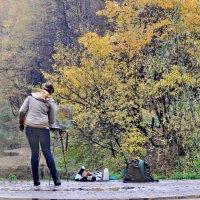 Проходя мимо, или этюд цвета осени :: Алексей Михалев