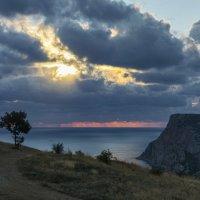 Сквозь тучи сияло нам солнце свободы... :: Игорь Кузьмин