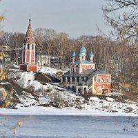 Морозное утро в провинциальном городке :: Владимир