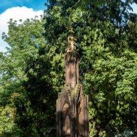 Памятник немецкому аристократу 18 век :: Witalij Loewin