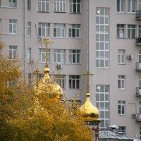 ритмы города-золото осени :: Олег Лукьянов