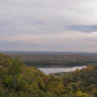 Река Белая осенним вечером. Уфа. :: Сергей Тагиров