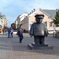 Полицейский на Рыночной площади :: Ольга