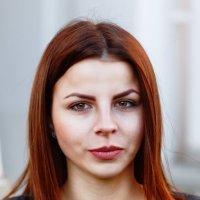 Янтарная девушка :: Евгений Никифоров