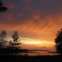 Закат на озере Селигер :: Татьяна