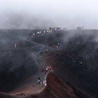 Между  кратерами.. :: Виктор Льготин