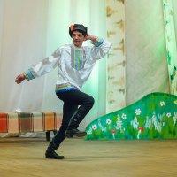 На сцене :: Валентин Кузьмин