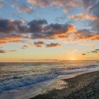 Солнце за море ушло :: Galina